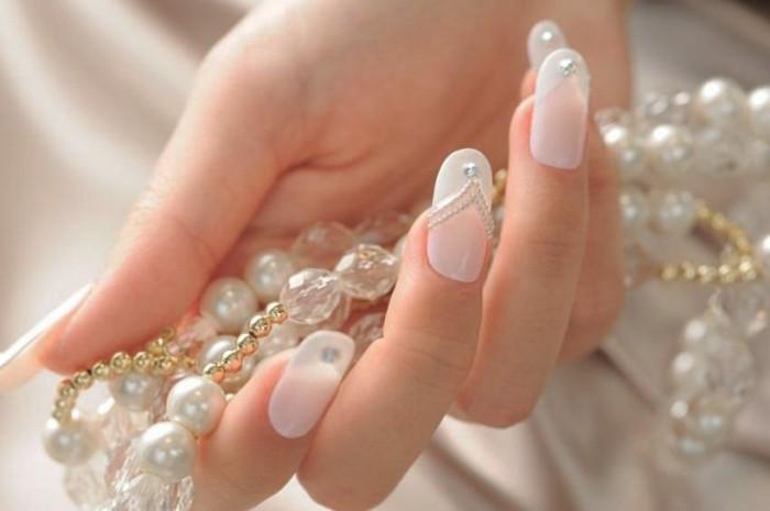 lange nägel hochzeit nageldesign strasssteine perlen