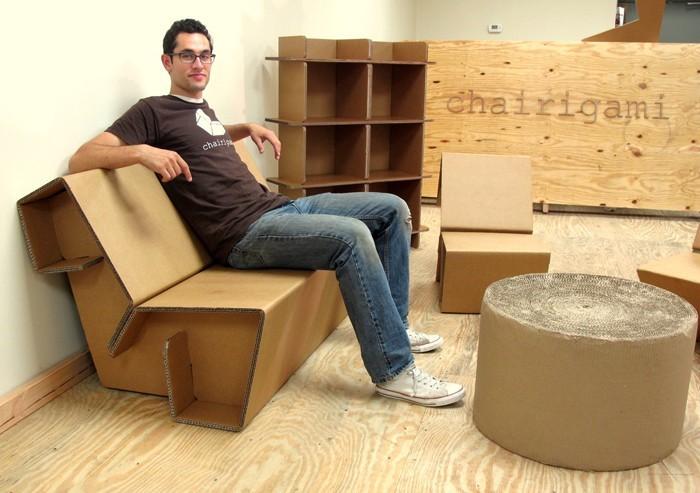 pappmoebel kartonmöbel bett aus karton sitzbank