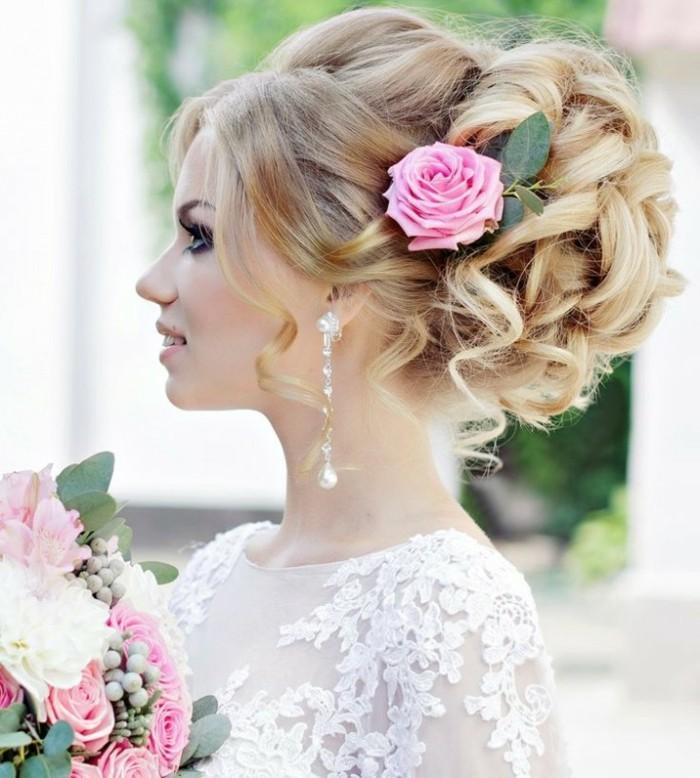 schöne frisuren hochsteckfrisur mit blume und stilvolle ohrringe