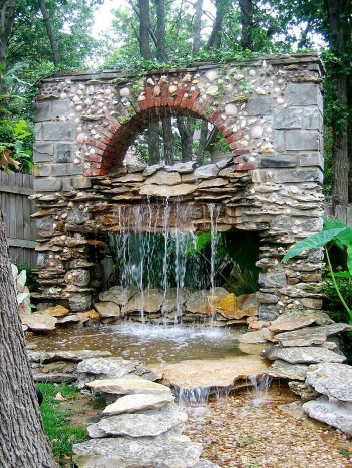 schöne gärten ausgefallene gartenideen mit wasser und steinen