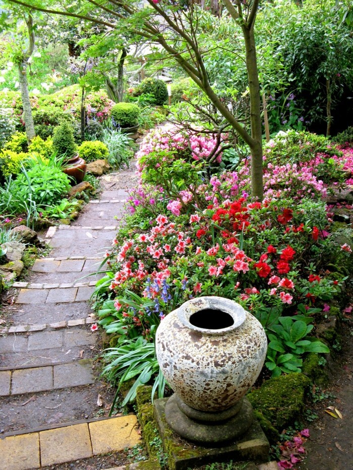 schöne gärten gartentreppen dekorieren