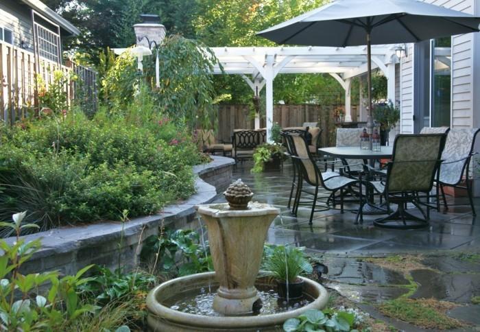 schöne gärten gestalten dekoideen mit pflanzen und wasser