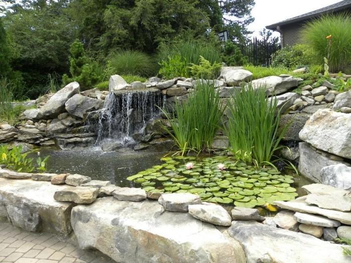 schöne gärten kreativer gartenteich steine und schöne natur