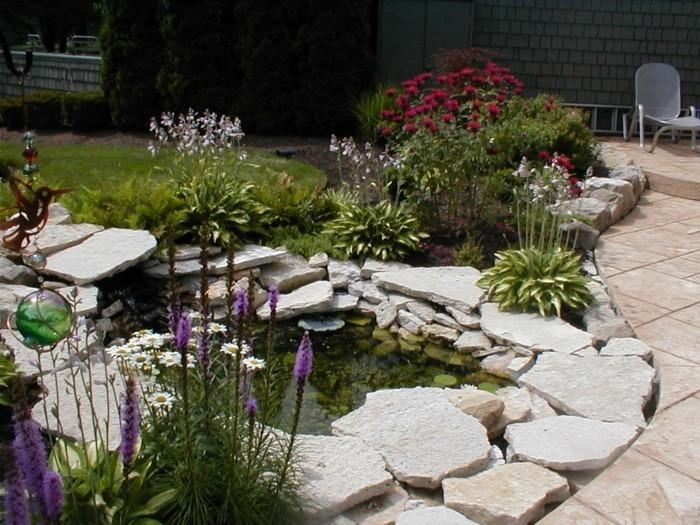 schöne gärten schöner gartenteich mit steinen