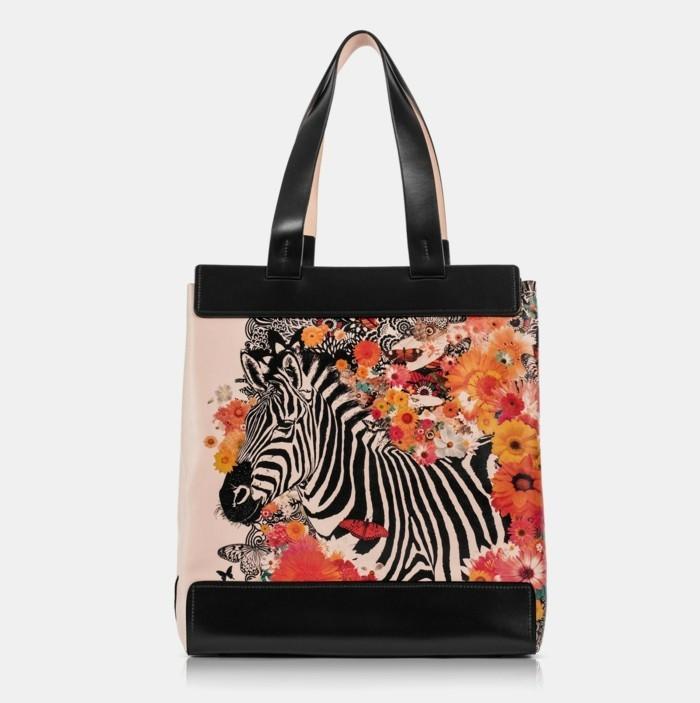 universelle handtasche stilvoll elegant praktisch