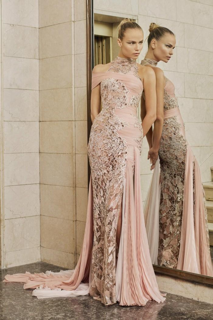 versace langes kleid in rosa