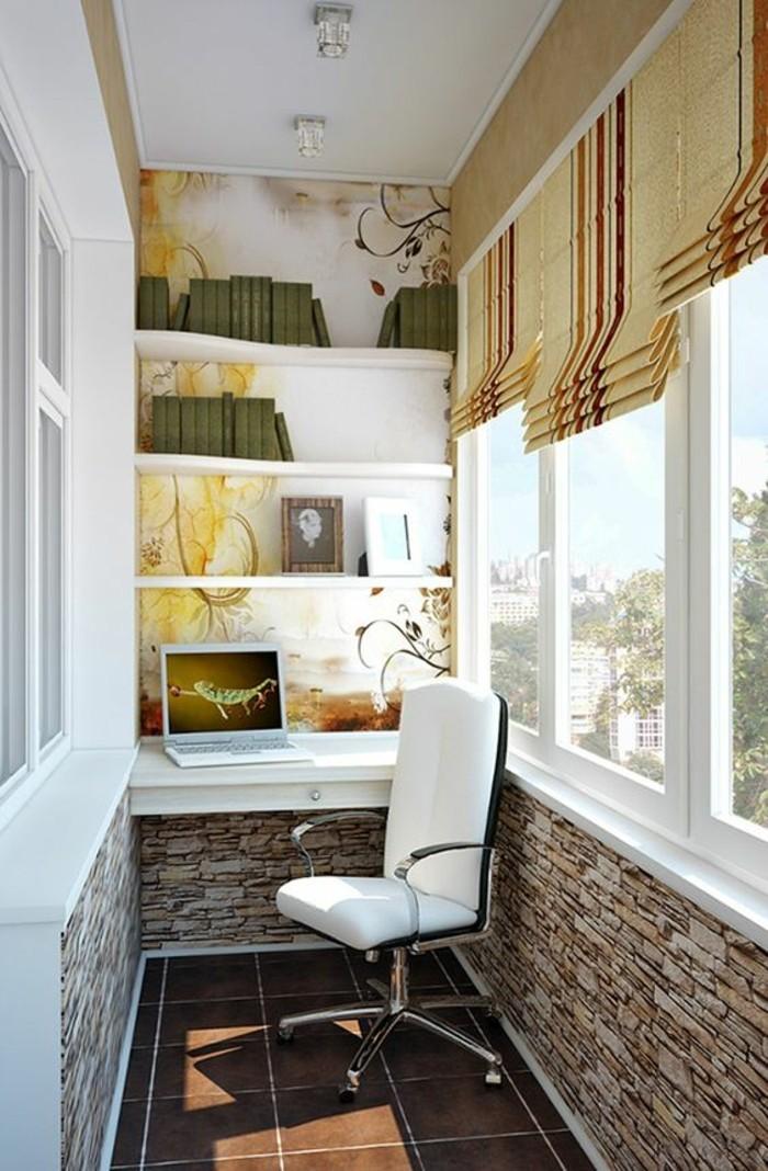 büro auf dem balkon