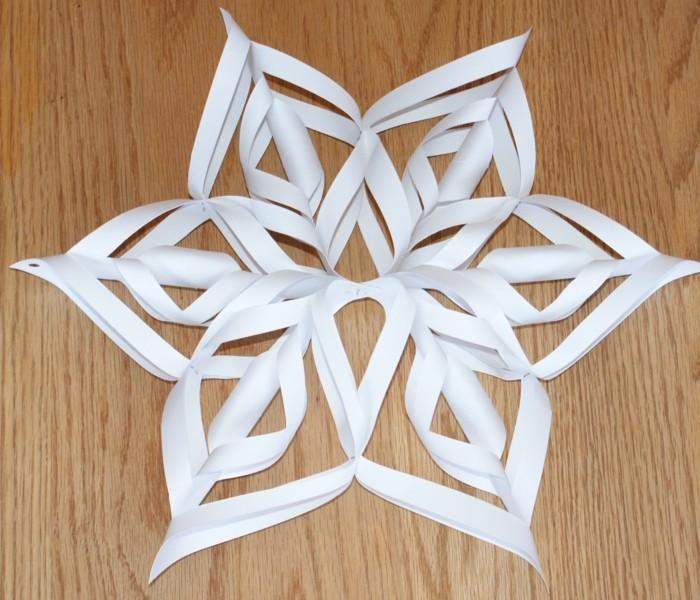 basteln mit papier schneeflöckchen aus papier für weihnachten