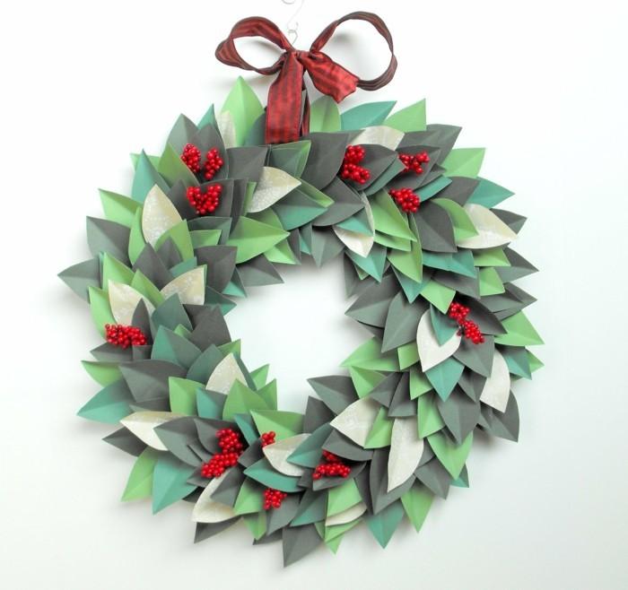 basteln mit papier weihnachtskranz aus papier