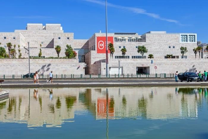 belem-kulturzentrum-lissabon