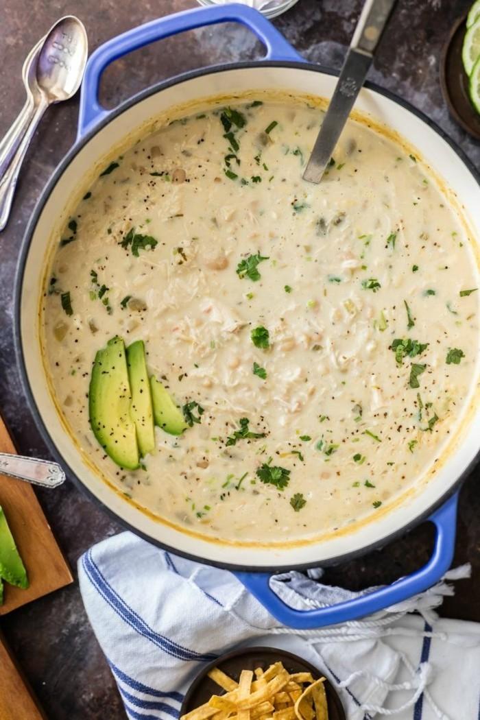 cremige hühner suppe zubereiten