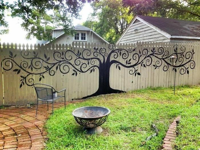 deko ideen für den gartenzaun etwas malen
