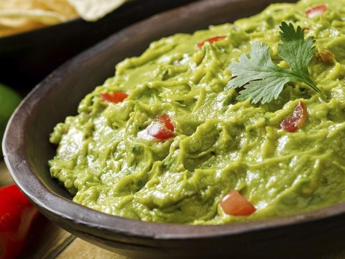 dips zum grillen brokkoli kartoffeln roter dip für grillfleisch guakamole