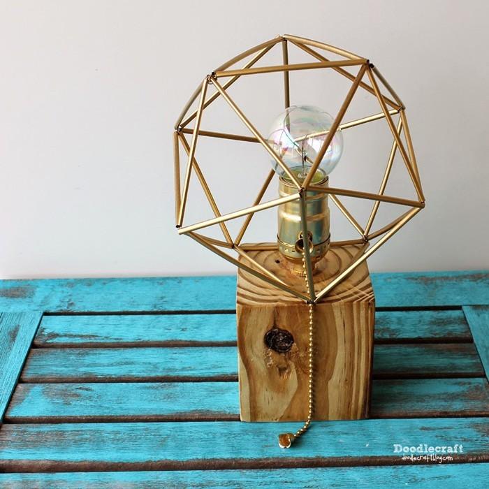 diy lampenschirm punkten-jute negativ basteln mit papier basteln mit pappbecher gold