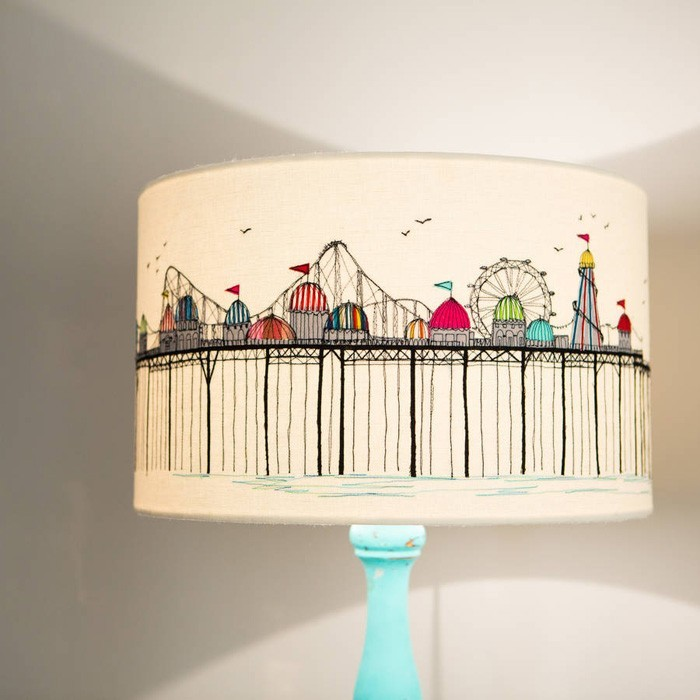 diy lampenschirm upcycling ideen kreativ gestalten skyline sticken