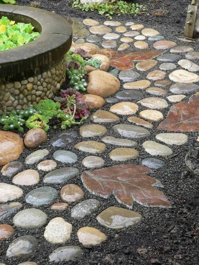 gartenideen mit natursteinen ausgefallener gartenweg