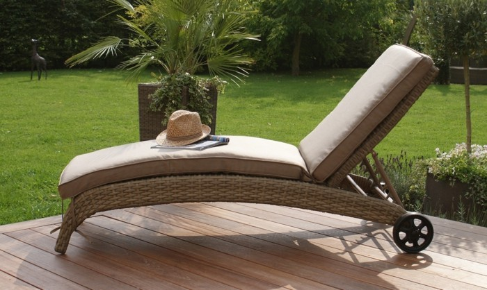 Garden lounger - more relaxation and individual relaxation outdoors