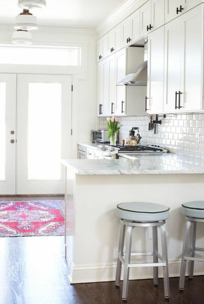 küche l-form moderne küche mit teppichläufer und metro fliesen