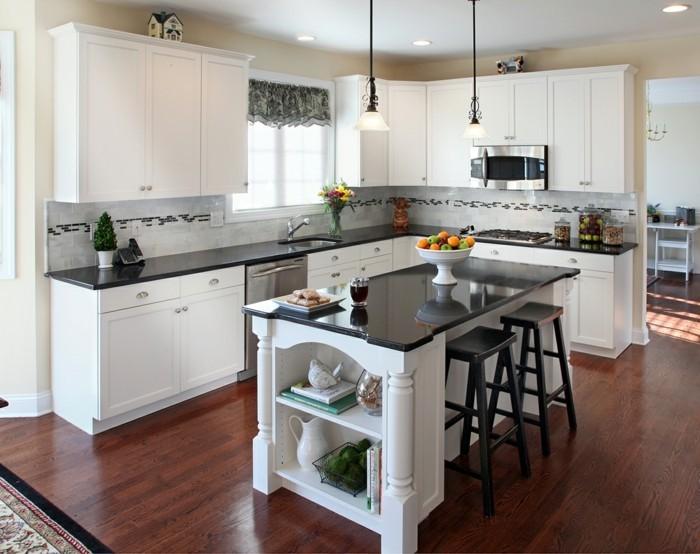 küchengestaltung quarzstein arbeitsoberfläche weiße küchenmöbel