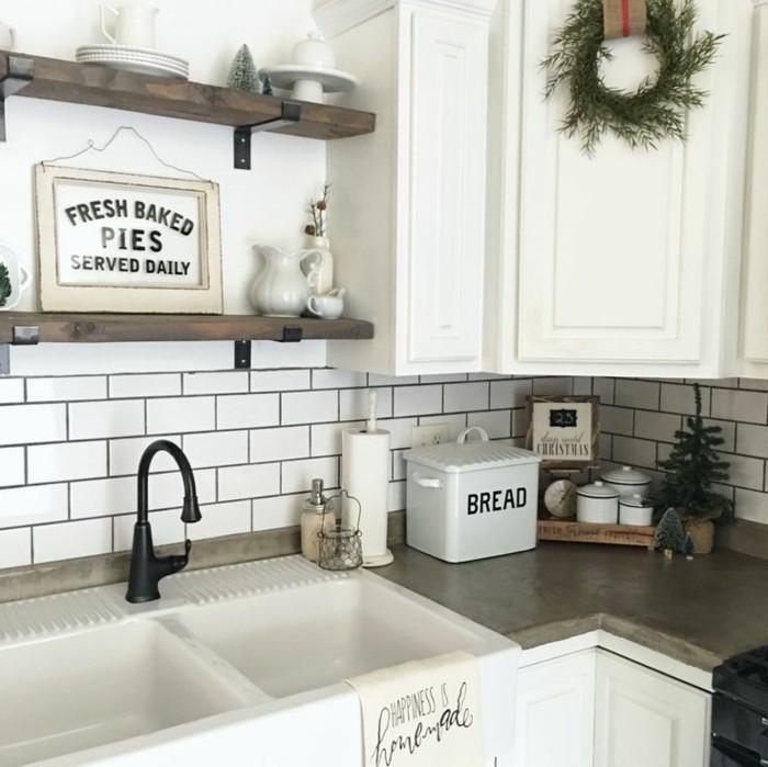 küchengestaltung weiße küche mit offenen wandregalen
