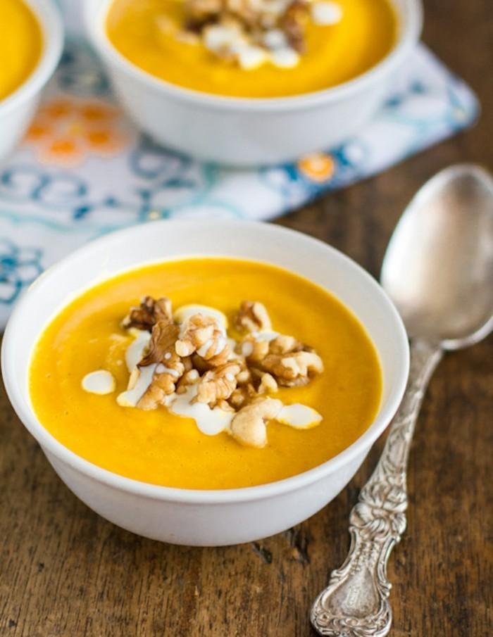 kürbis suppe einfach zubereiten