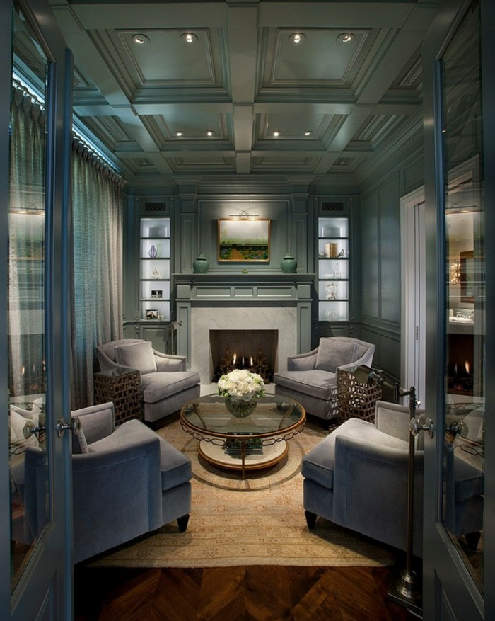 kassettendecke elegantes wohnzimmerdesign mit schöner decke und hellem teppich