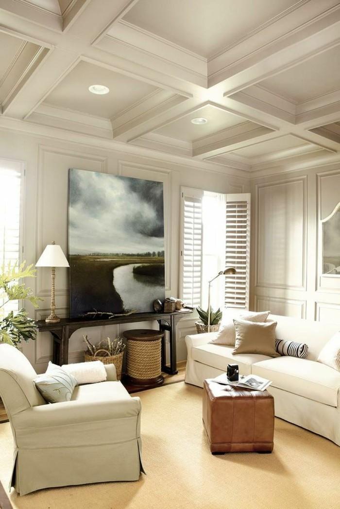 kassettendecke wohnzimmer einrichten mit teppichboden und landhaussofa