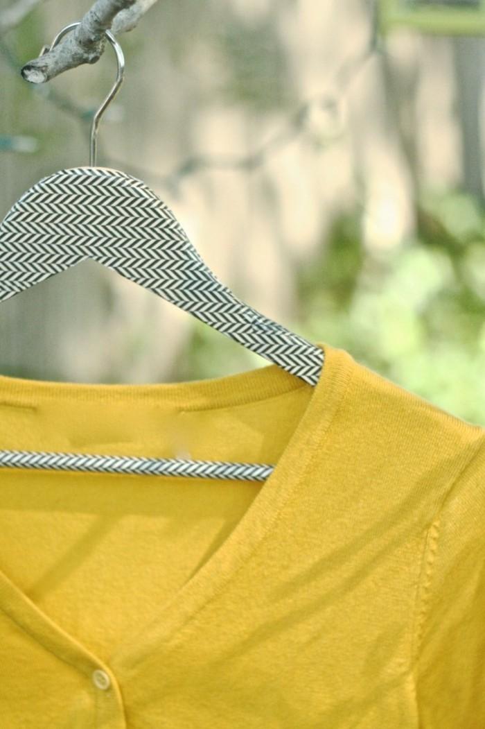 kleiderbügel selber dekorieren chevron washi tape