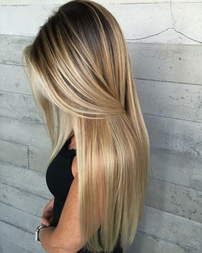 Braune haare helle strähnen