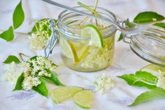 limonade selber machen sommer rezepte holunder blüten2