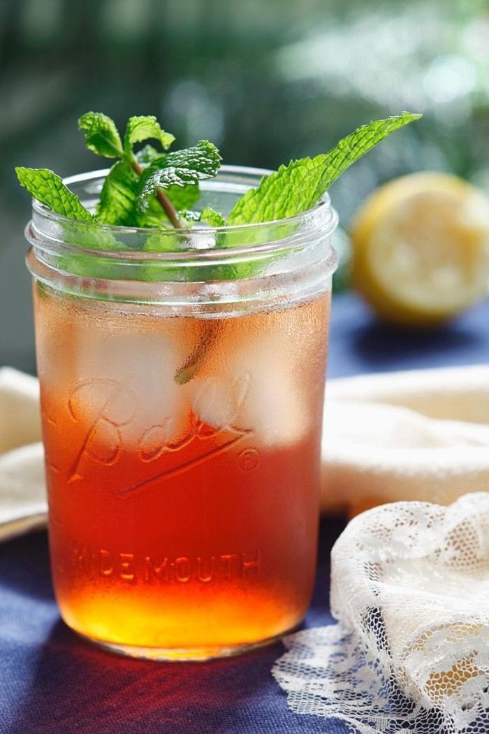 limonade selber machen sommer rezepte und argumente warum das hausgemachte besser ist. Black Bedroom Furniture Sets. Home Design Ideas