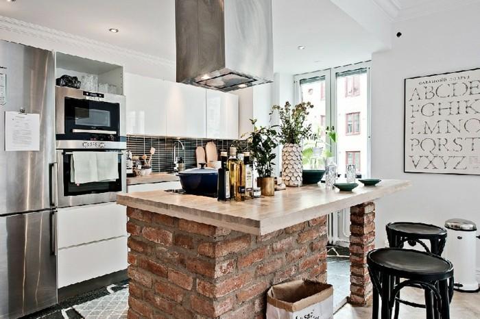 modern wohnen skandinavische küche einrichten mit ziegeltecke und schwarzen stühlen