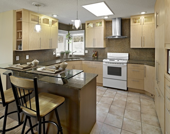 moderne küche in g form stilvolle texturen in hellen farben