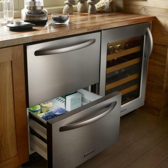 moderne küche mit eingebauten geräten ist eine funktionale lösung