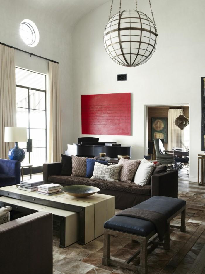 modernes wohnen helles wohnzimmer in neutralen farbtönen und sitzbank