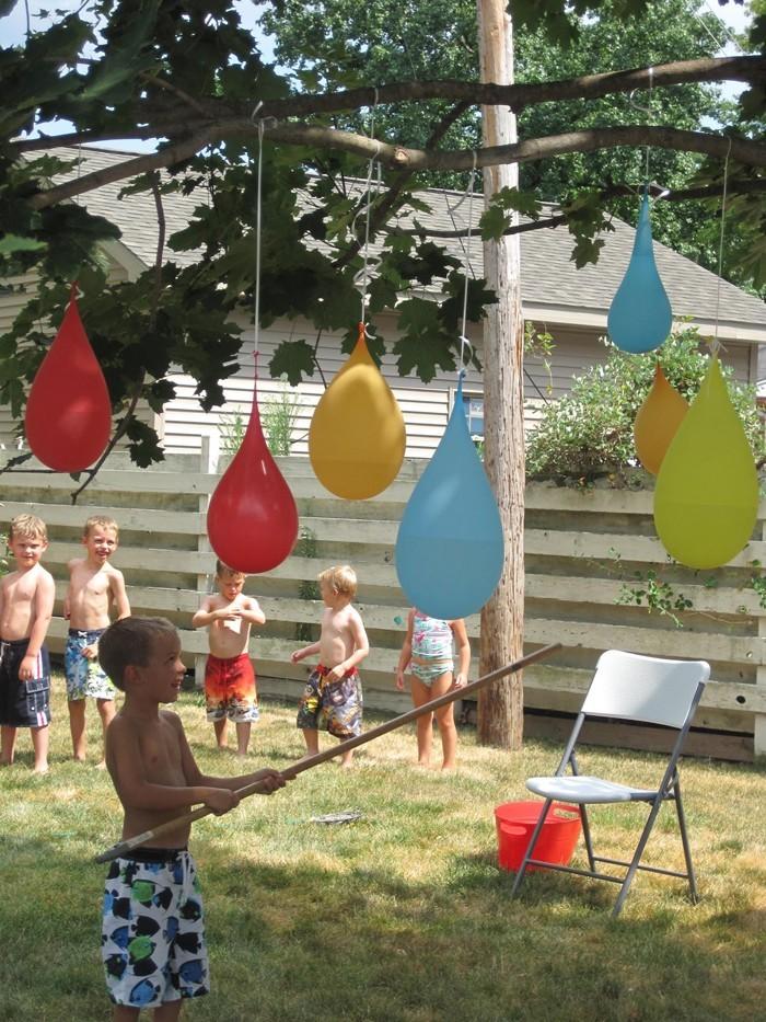 pinata basteln kindergeburtstag feiern draussen wasserbomben