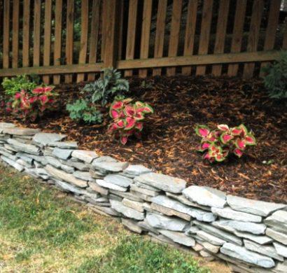 steingarten ideen bilder steinbeet im vorgarten anlegen u. Black Bedroom Furniture Sets. Home Design Ideas