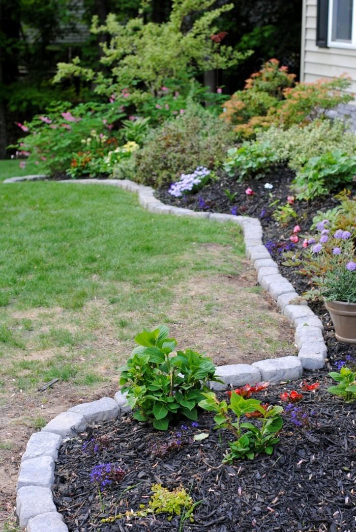 steingartenpflanzen blumenbeete mit steinen