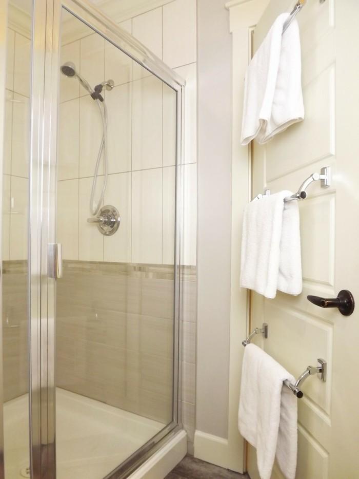 tipps und tricks für das badezimmer für weiche tücher sorgen