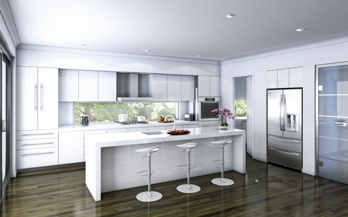 weiße küche mit schönem boden und barhockern