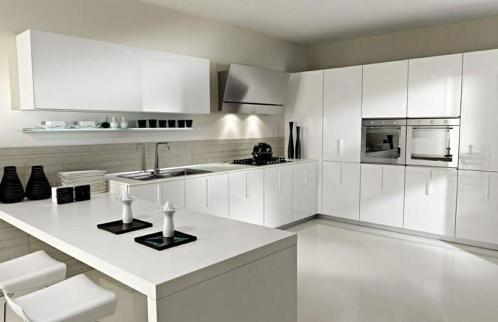 wohnideen küche weiße kücheneinrichtung und moderne beleuchtung