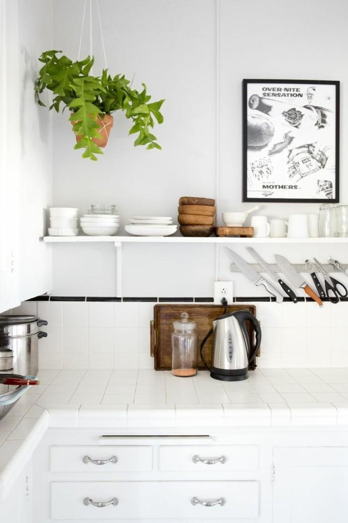 weiße küche stauraum ideen und wanddeko