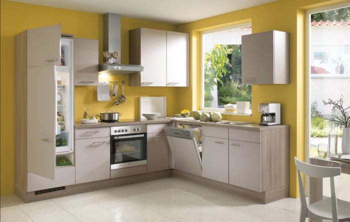 wohnideen küche funktionale küchenmöbel und gelbe küchenwände