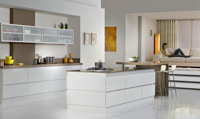 wohnideen küche moderne einrichtung mit braunen akzenten