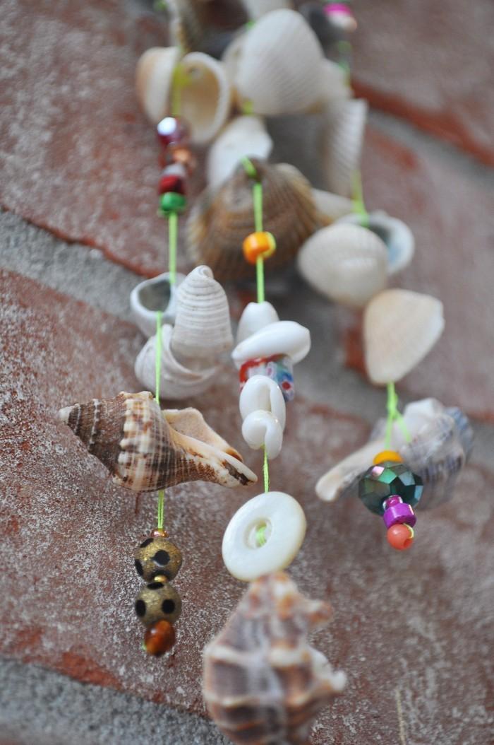 basteln mit muscheln sommerurlaub basteln mit naturmaterialien diy ideen windspiele