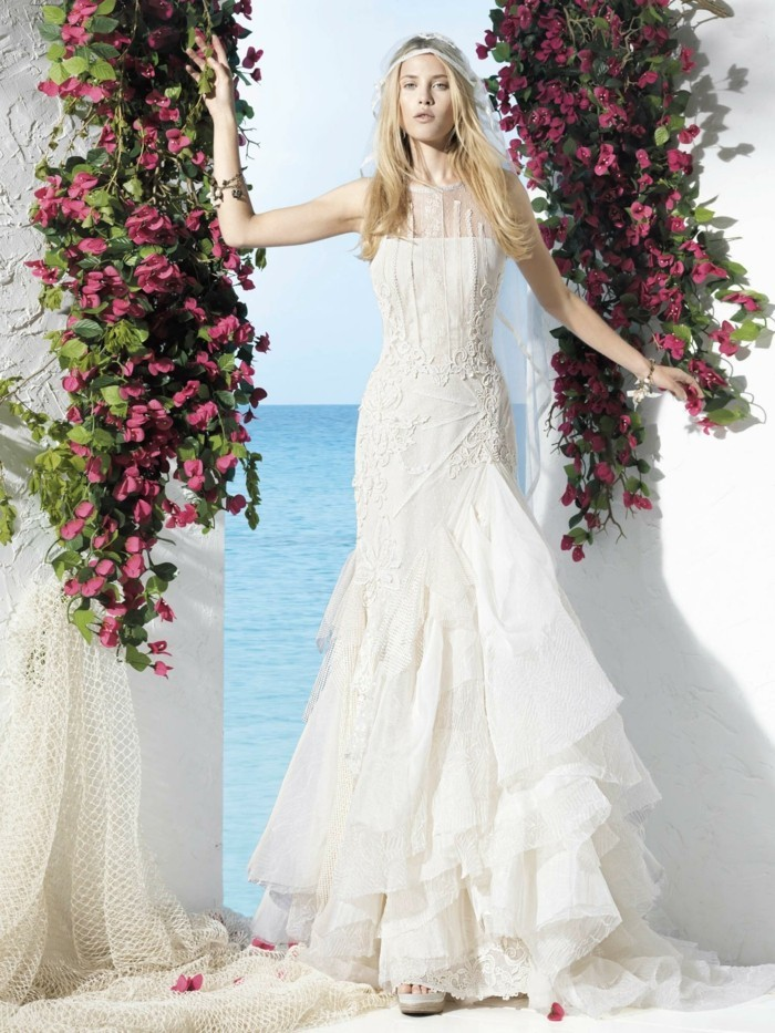 brautkleider boheme style langes hochzeitskleid weiss lange blonde haare