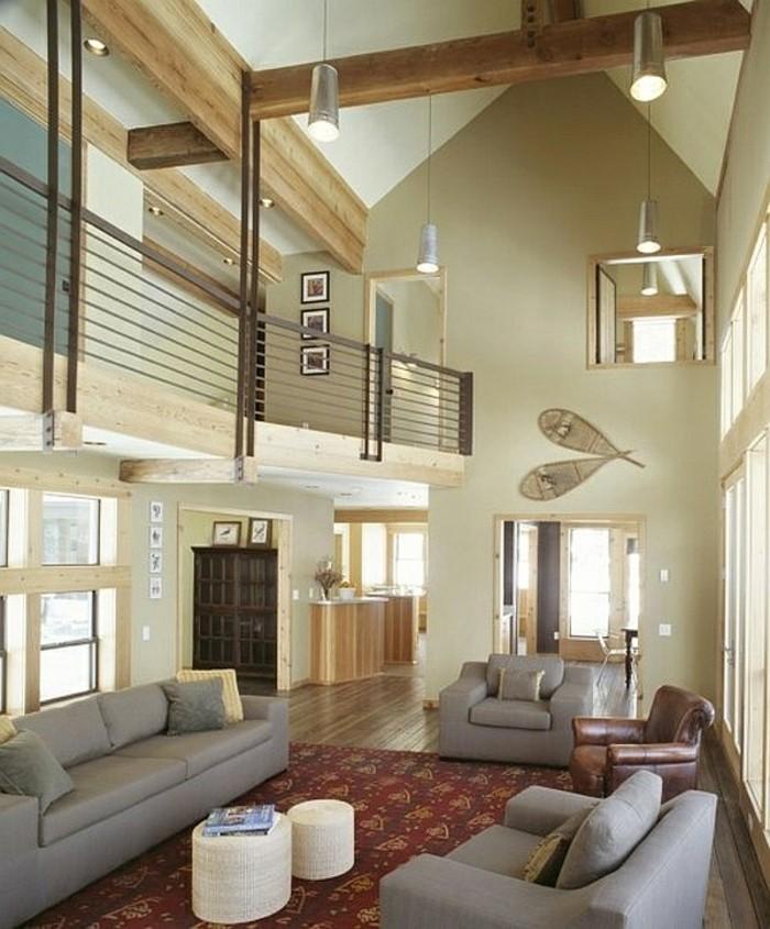 deckengestaltung im wohnzimmer hohe decke und helle wände lassen den raum geräumig wirken