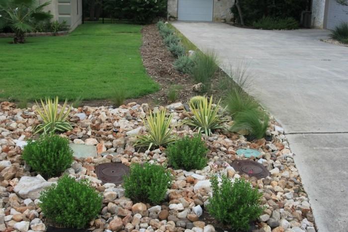 details-bei-der-vorgartengestaltung-mit-kies