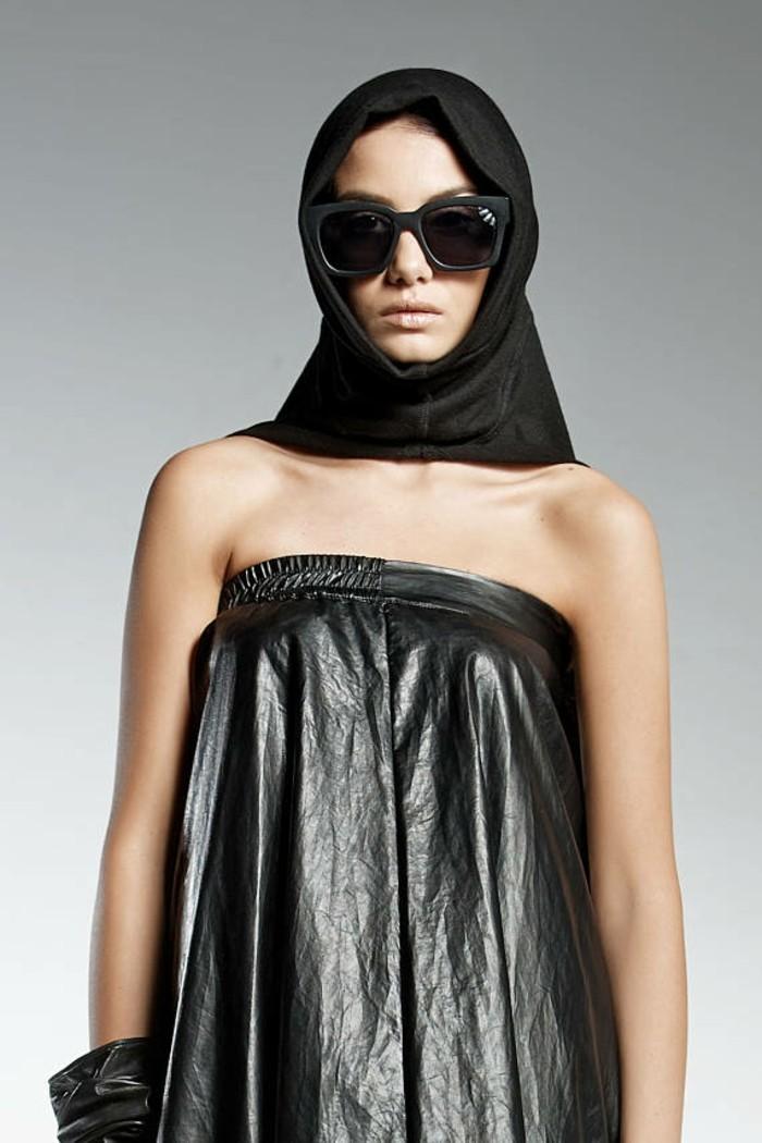 diva dress kunstleder schwarz mit dain schal und sonnenbrille