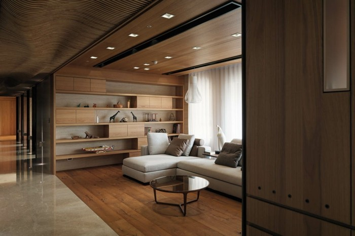einrichtungsideen das kleine wohnzimmer mit hölzerner decke gestalten
